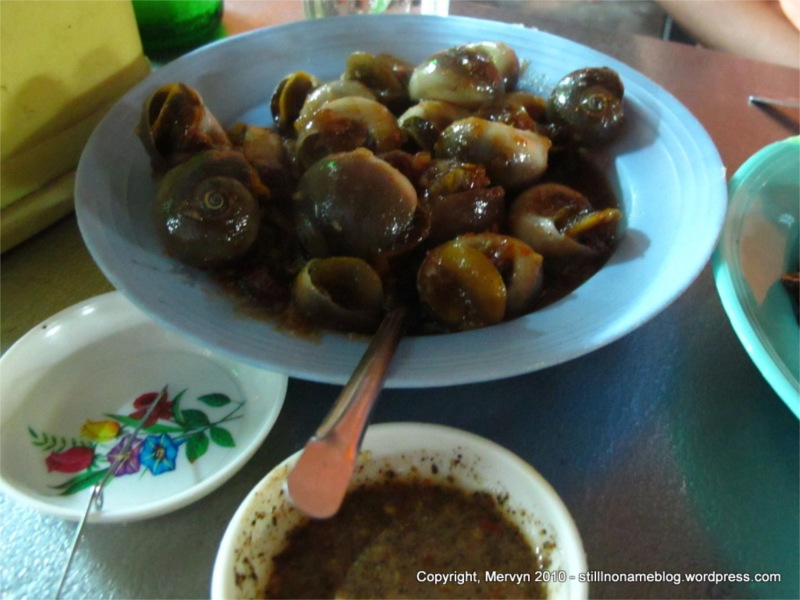Day 137 How To Eat Snails Like A Vietnamese The Overpacker
